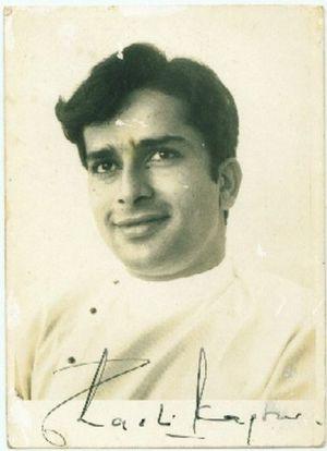signed_photo_of_indian_actor_shashi_kapoor_28229